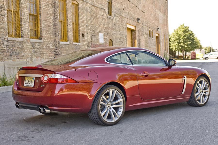 2009 Jaguar XKR Photo 2 of 4