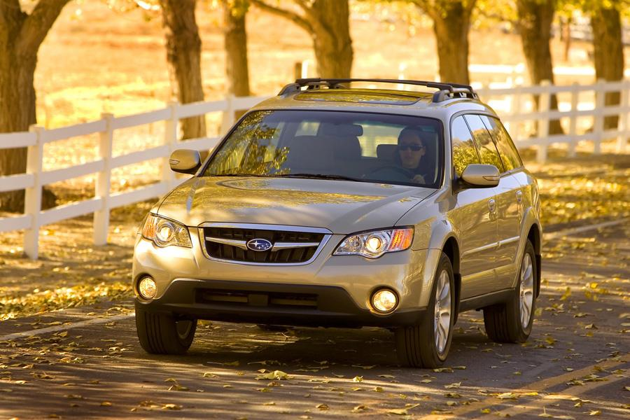 2009 Subaru Outback Photo 2 of 20