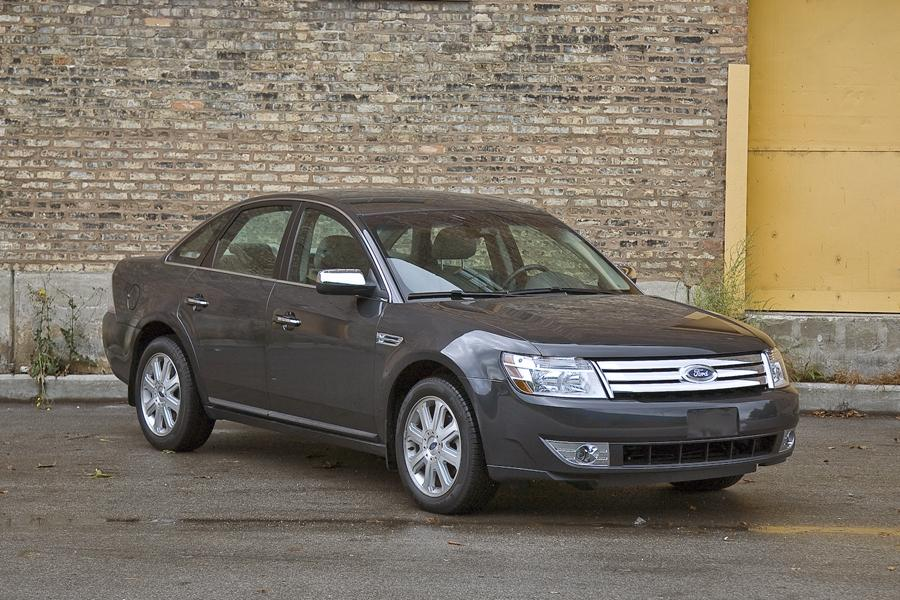2009 ford taurus reviews specs and prices. Black Bedroom Furniture Sets. Home Design Ideas