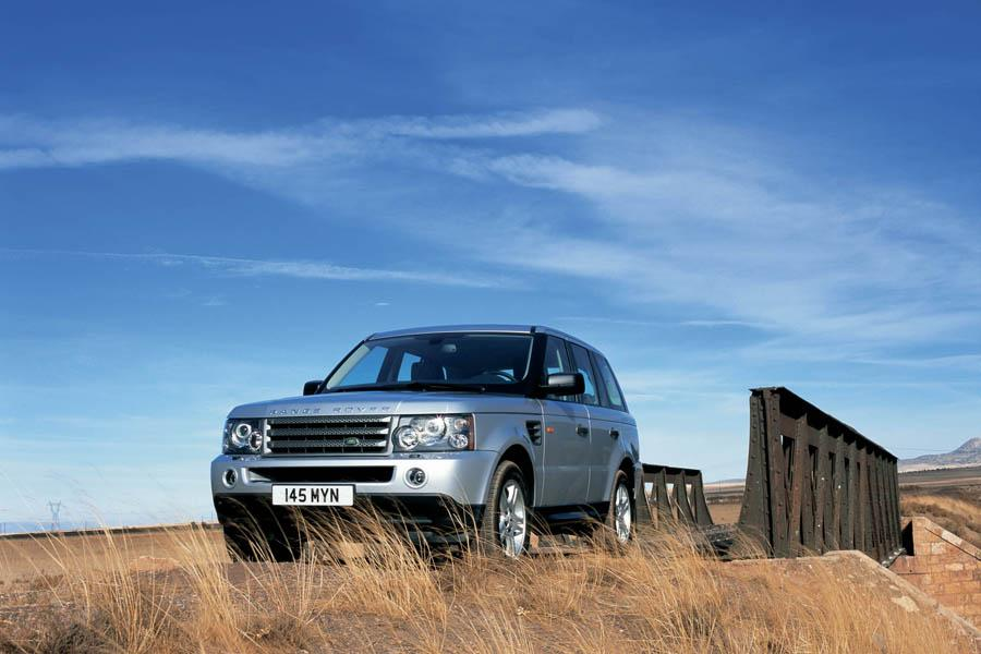 2009 Land Rover Range Rover Sport Photo 4 of 18