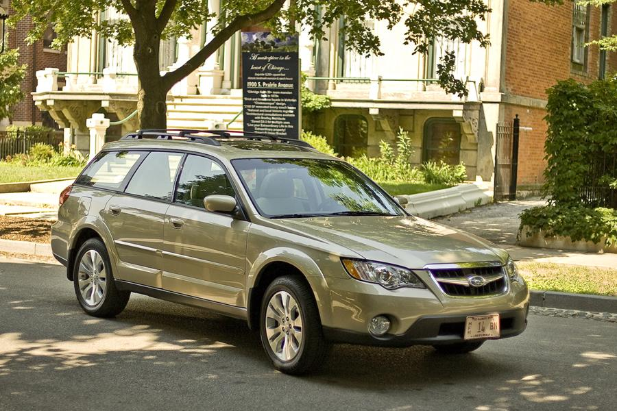 2009 Subaru Outback Photo 1 of 20
