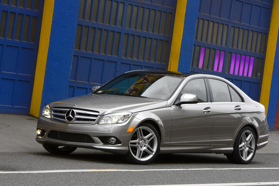 2009 Mercedes-Benz C-Class Photo 3 of 20
