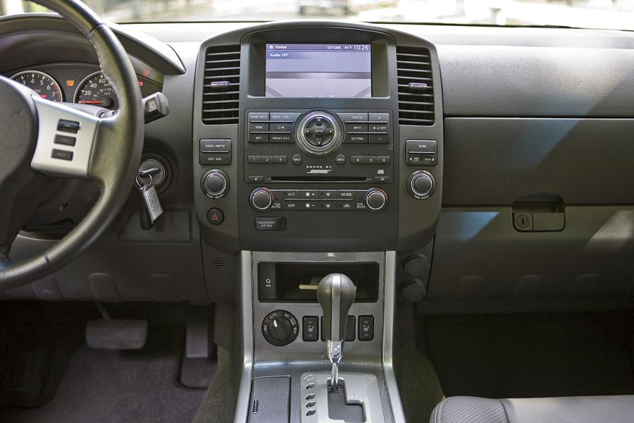 2009 Nissan Pathfinder Reviews Specs And Prices Cars Com