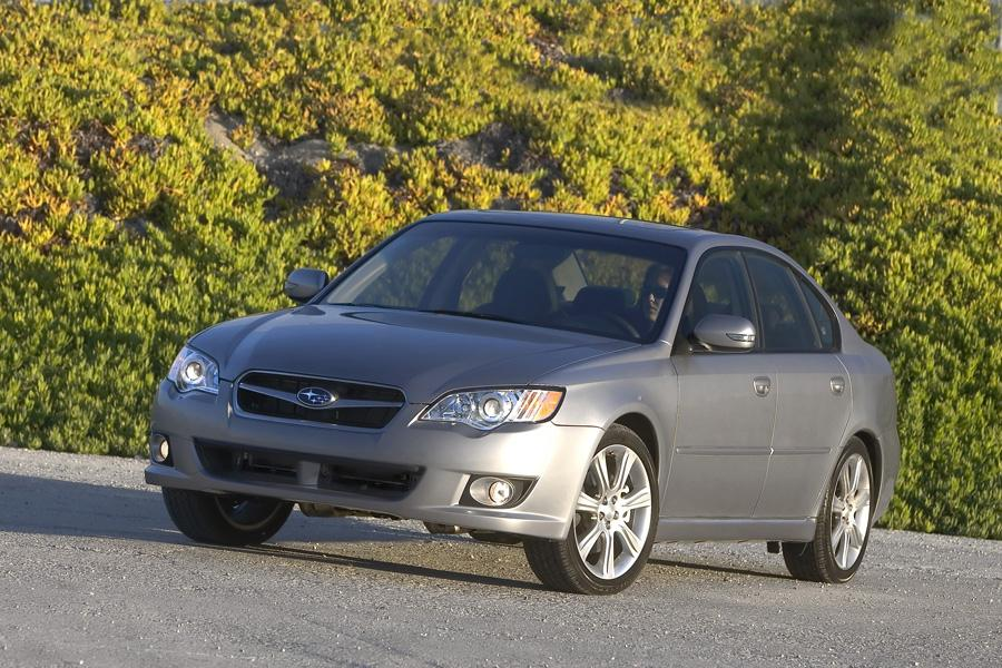 2009 Subaru Legacy Photo 4 of 19