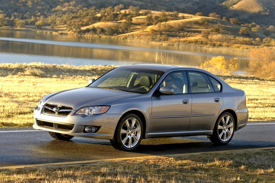 2009 Subaru Legacy Photo 5 of 19