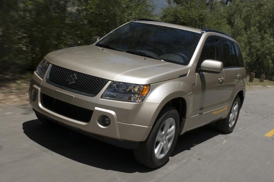 2009 Suzuki Grand Vitara Photo 5 of 20