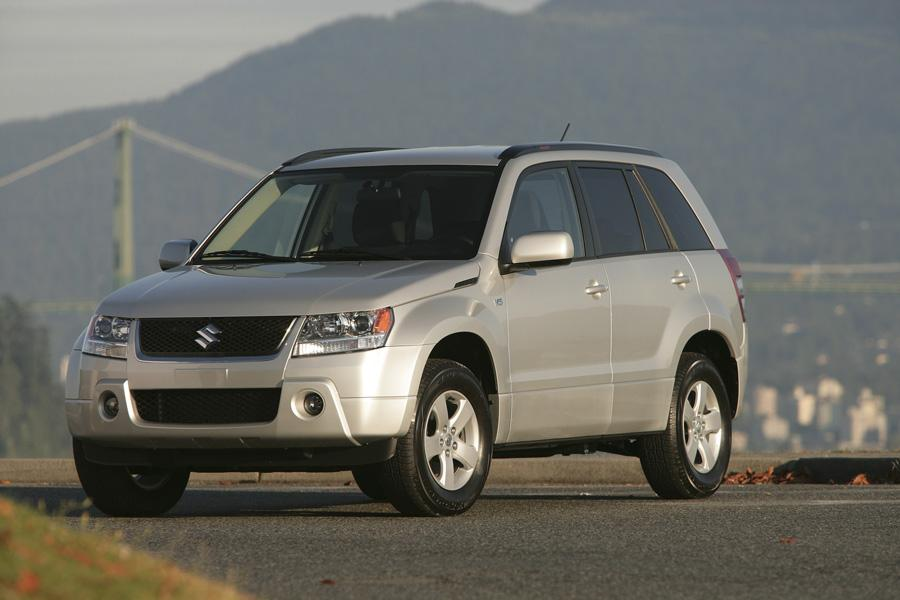 2009 Suzuki Grand Vitara Photo 1 of 20