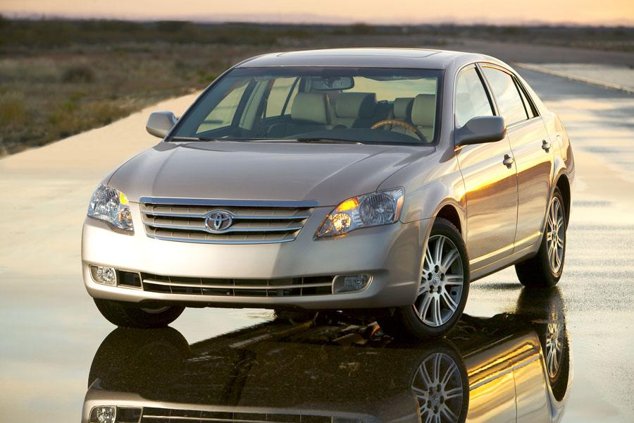 2009 toyota avalon reviews specs and prices. Black Bedroom Furniture Sets. Home Design Ideas