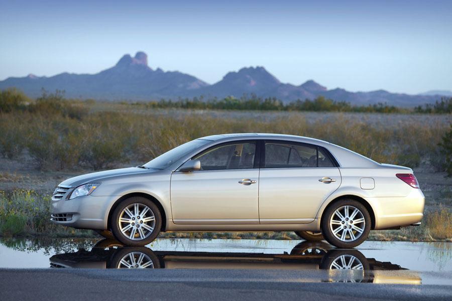 2009 Toyota Avalon Reviews Specs And Prices Cars Com