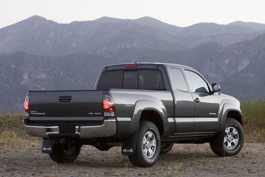 2009 Toyota Tacoma Photo 2 of 3