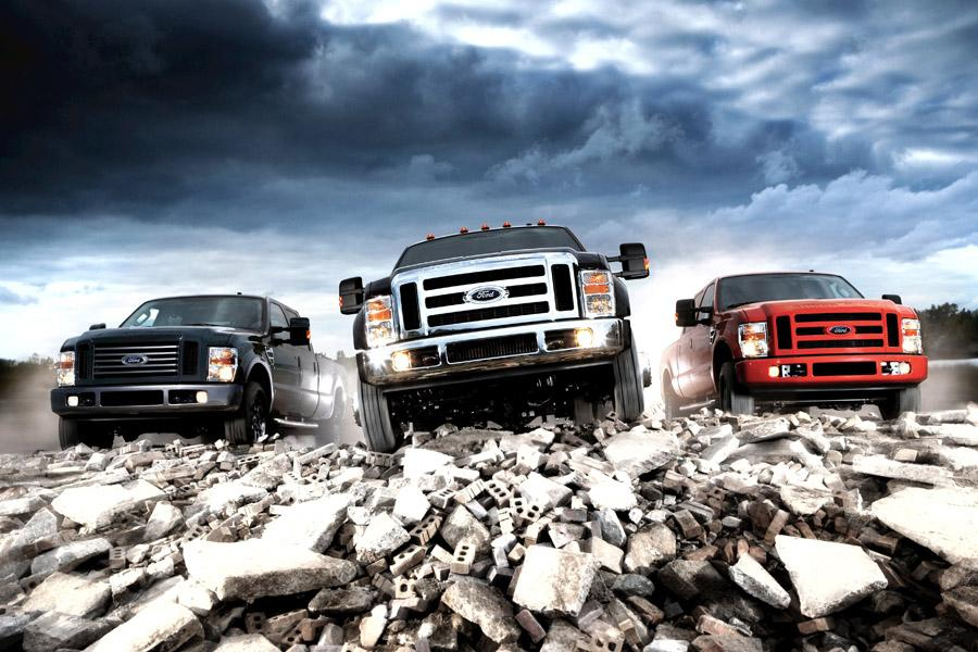 2009 Ford F-350 Photo 2 of 6