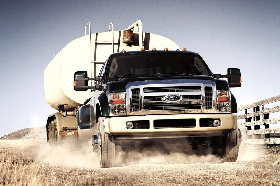 2009 Ford F-450 Photo 2 of 7