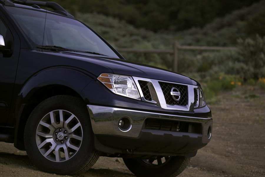 2009 Nissan Frontier Photo 6 of 11