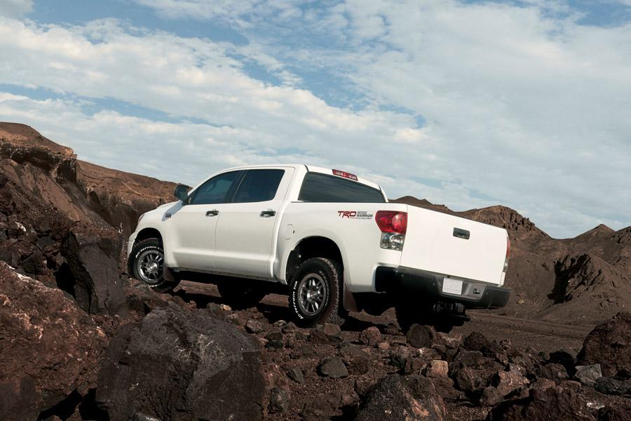 2009 Toyota Tundra Photo 2 of 14