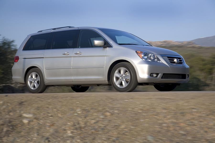 2009 Honda Odyssey Photo 3 of 16