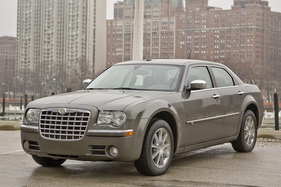 2009 Chrysler 300C Photo 1 of 15