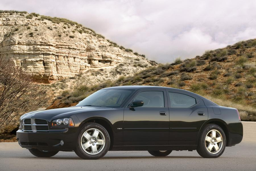 2009 Dodge Charger Photo 2 of 16