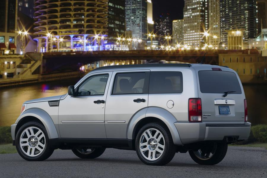 2009 Dodge Nitro Reviews Specs And Prices Cars Com