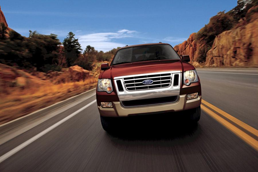 2009 Ford Explorer Photo 2 of 8