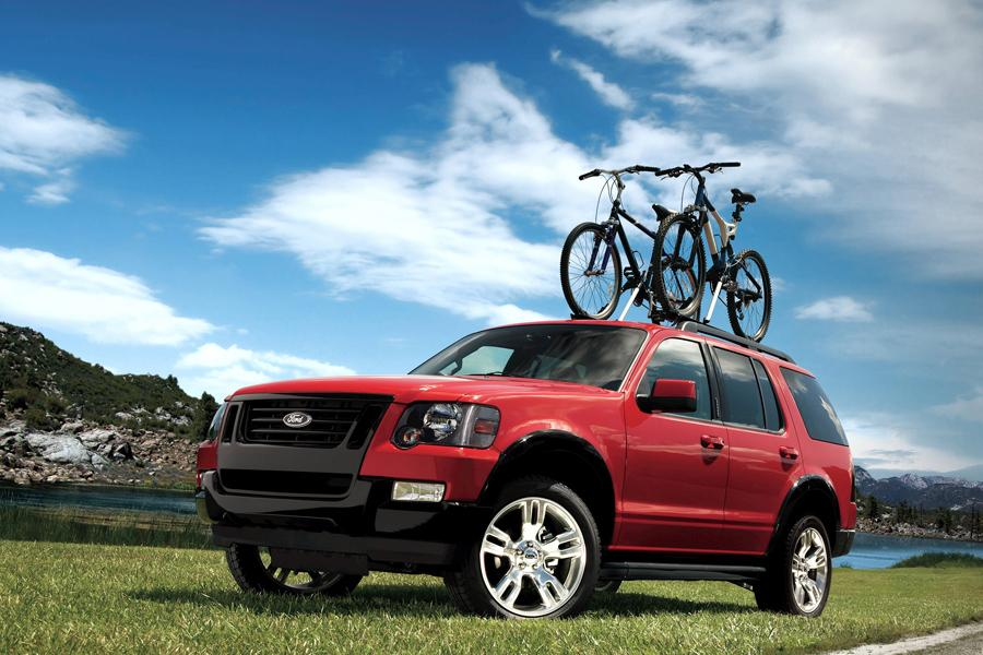 2009 Ford Explorer Photo 5 of 8
