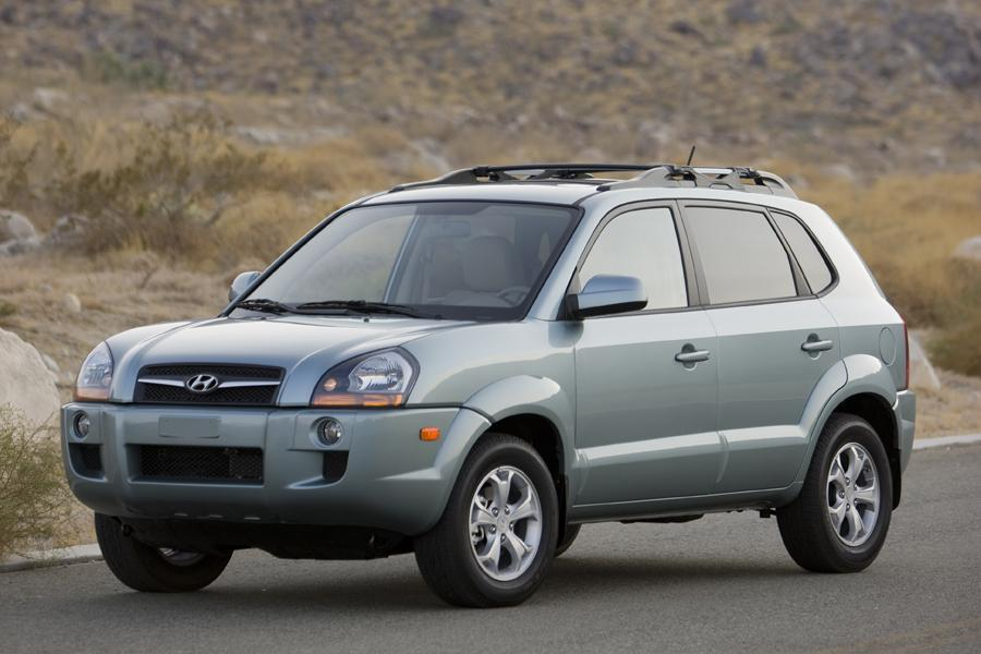 2009 hyundai tucson reviews specs and prices. Black Bedroom Furniture Sets. Home Design Ideas