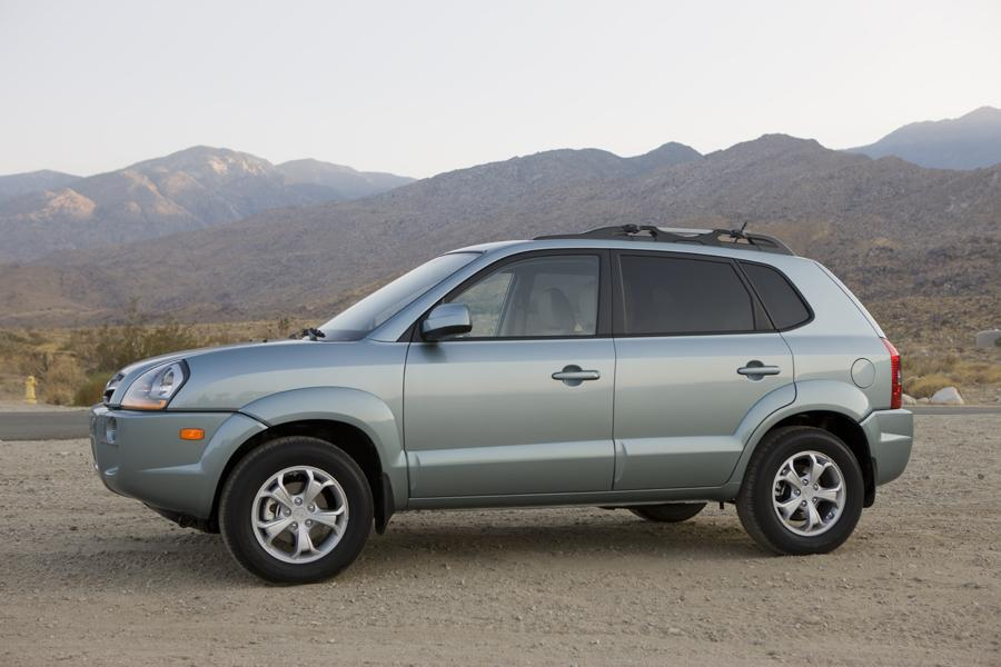 2009 Hyundai Tucson Photo 3 of 11