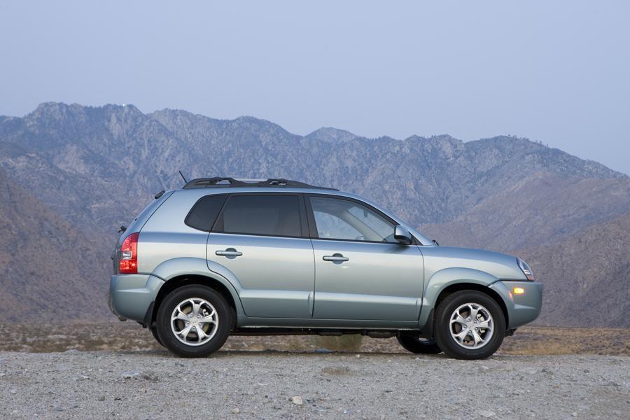 2009 Hyundai Tucson Photo 6 of 11