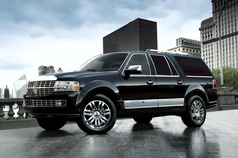 2009 Lincoln Navigator Photo 1 of 7
