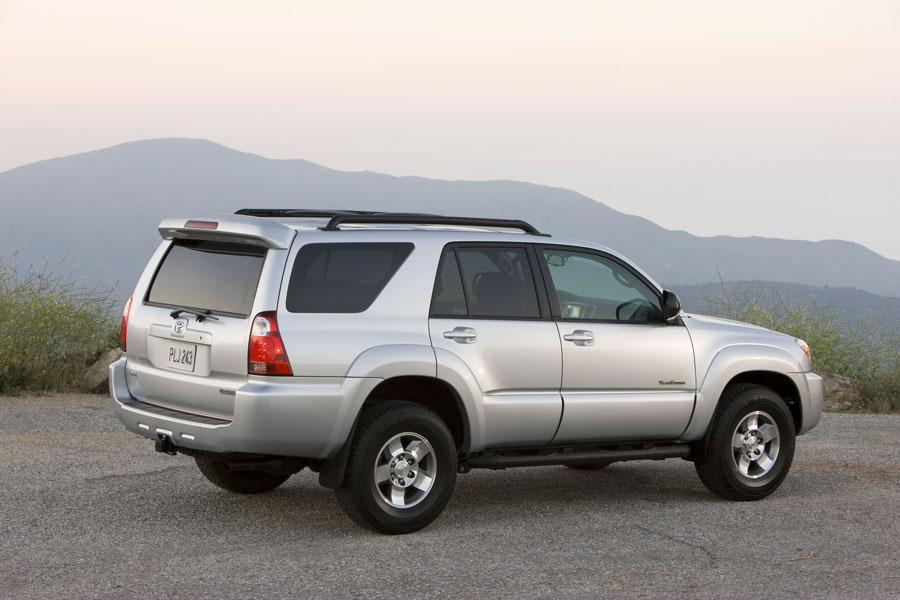 2009 toyota 4runner overview. Black Bedroom Furniture Sets. Home Design Ideas