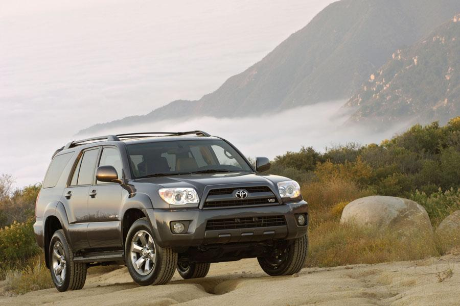 2011 Toyota 4Runner Limited For Sale >> 2009 Toyota 4Runner Reviews, Specs and Prices   Cars.com