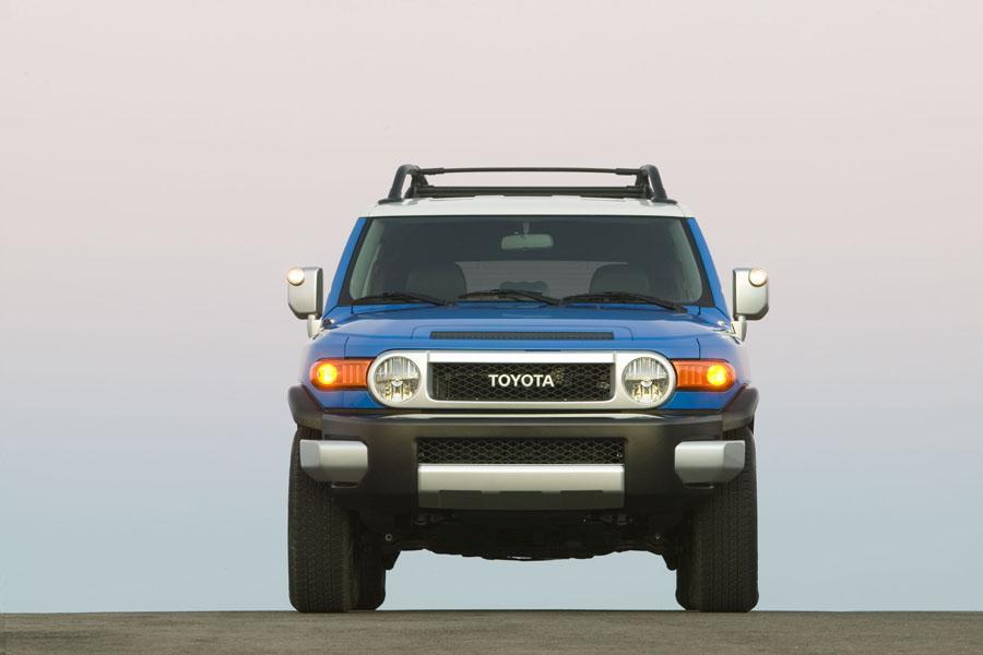 2009 Toyota FJ Cruiser Photo 5 of 15