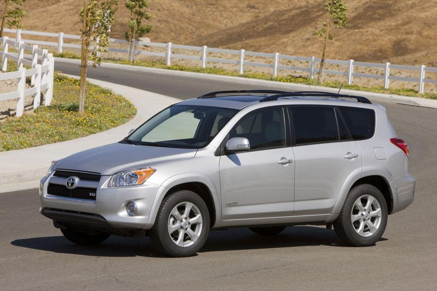 2009 Toyota RAV4 Photo 2 of 14