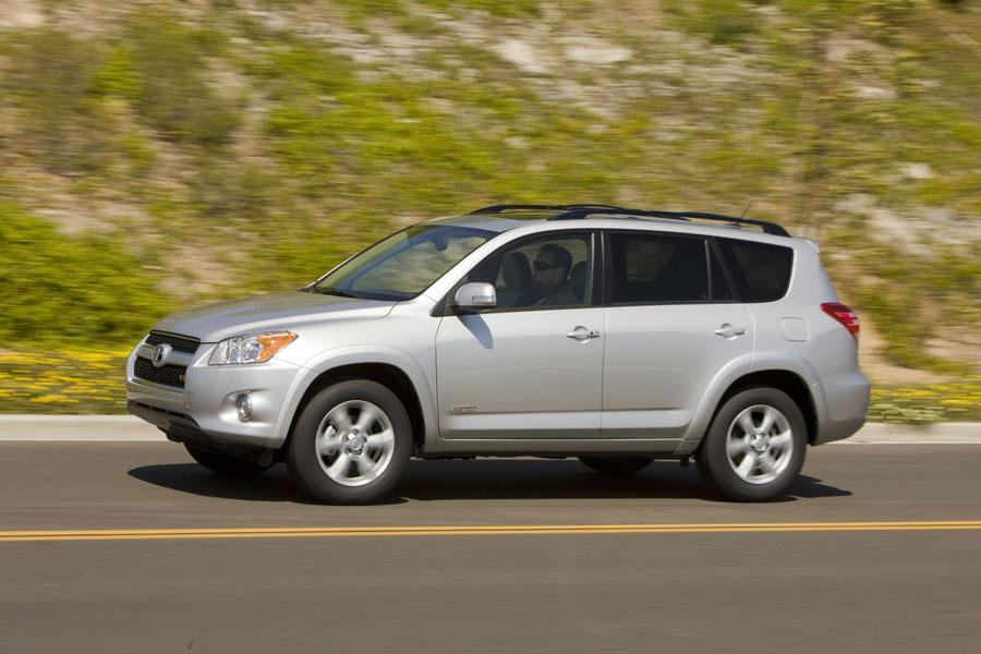 2008 Toyota Rav4 For Sale >> 2009 Toyota RAV4 Specs, Pictures, Trims, Colors || Cars.com