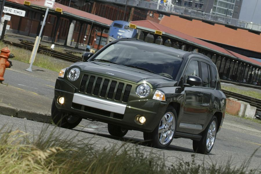 2009 Jeep Compass Photo 1 of 9