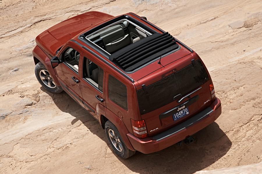 2009 Jeep Liberty Photo 6 of 14