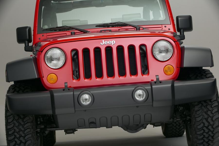 2009 Jeep Wrangler Photo 2 of 12
