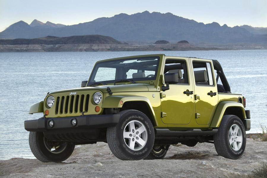 2009 Jeep Wrangler Unlimited Photo 4 of 11