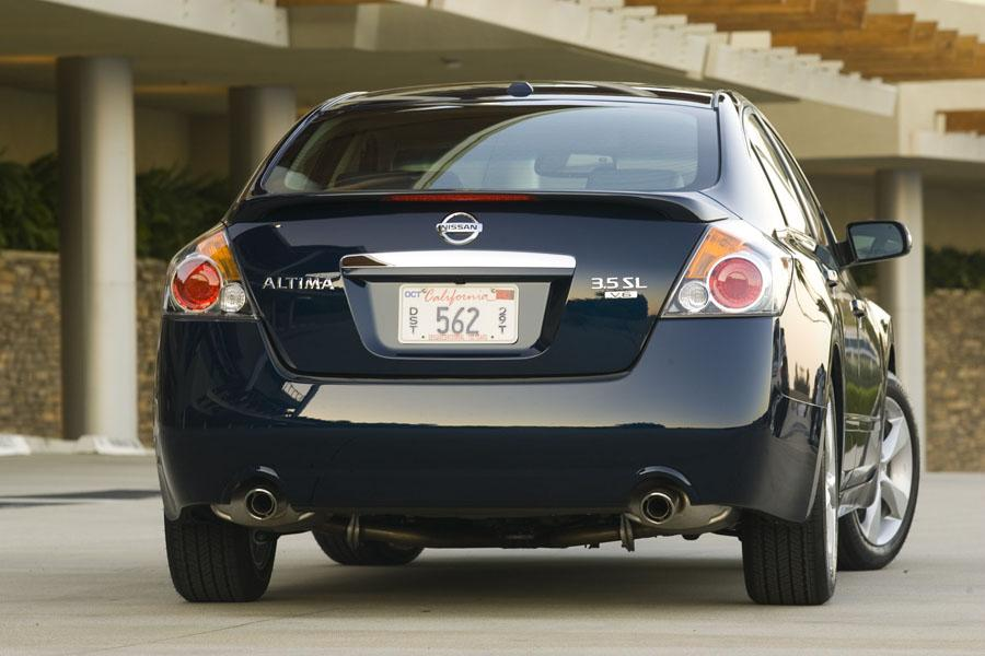 2009 Nissan Altima Photo 3 of 16