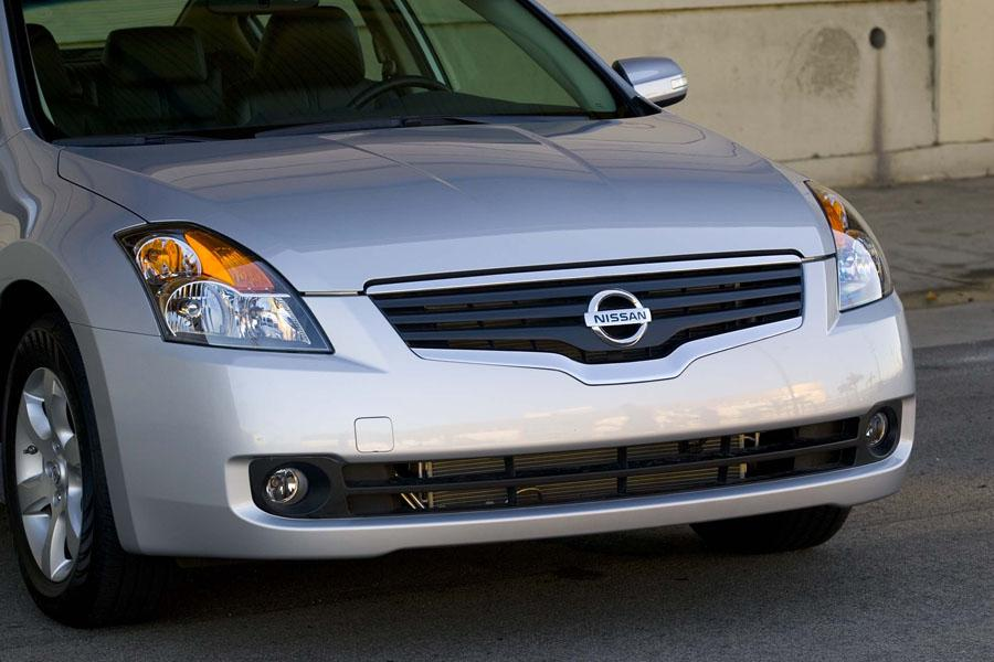 2009 Nissan Altima Photo 6 of 16