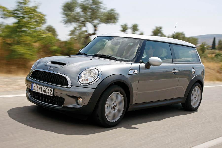 2009 mini cooper s clubman overview. Black Bedroom Furniture Sets. Home Design Ideas