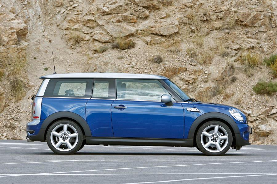 2009 MINI Cooper S Clubman Photo 2 of 15