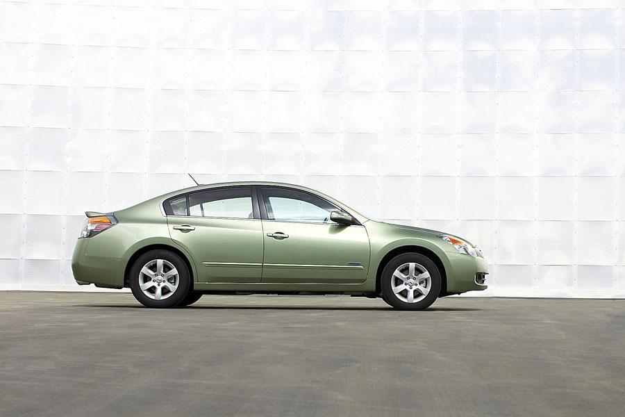 2009 nissan altima hybrid specs pictures trims colors. Black Bedroom Furniture Sets. Home Design Ideas