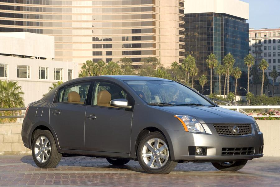 2009 Nissan Sentra Photo 1 of 9