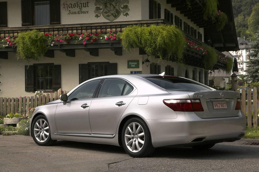 2009 Lexus Ls 460 Specs Pictures Trims Colors Cars Com
