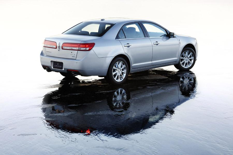 2010 Lincoln MKZ Photo 3 of 40