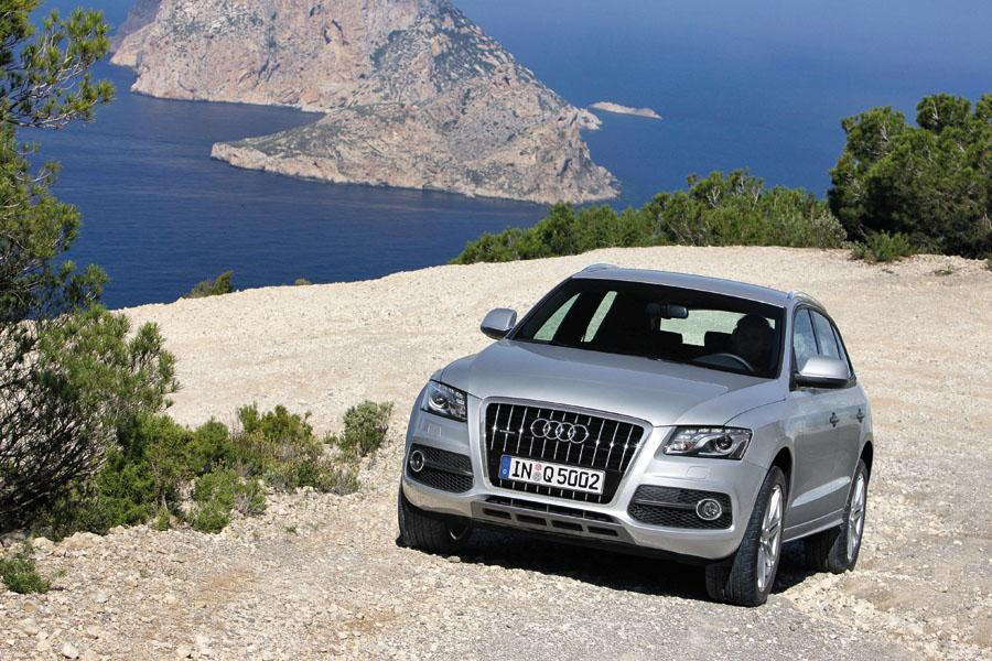2009 audi q5 reviews specs and prices. Black Bedroom Furniture Sets. Home Design Ideas