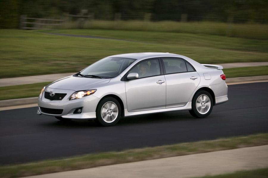 2010 toyota corolla specs pictures trims colors. Black Bedroom Furniture Sets. Home Design Ideas
