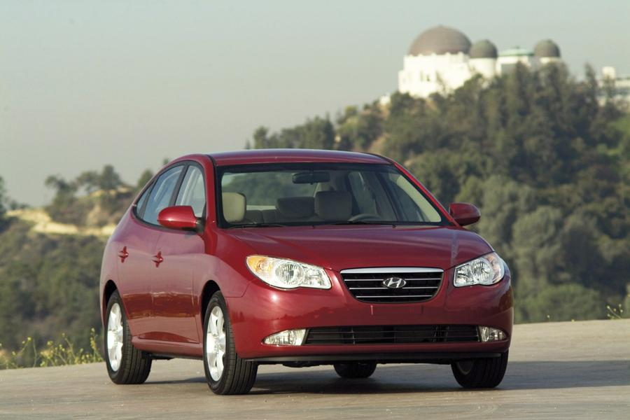 2010 Toyota Corolla Mpg >> 2009 Hyundai Elantra Reviews, Specs and Prices | Cars.com