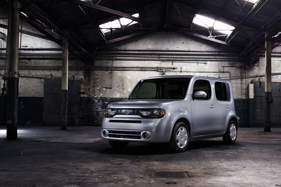 2009 Nissan Cube Photo 4 of 21