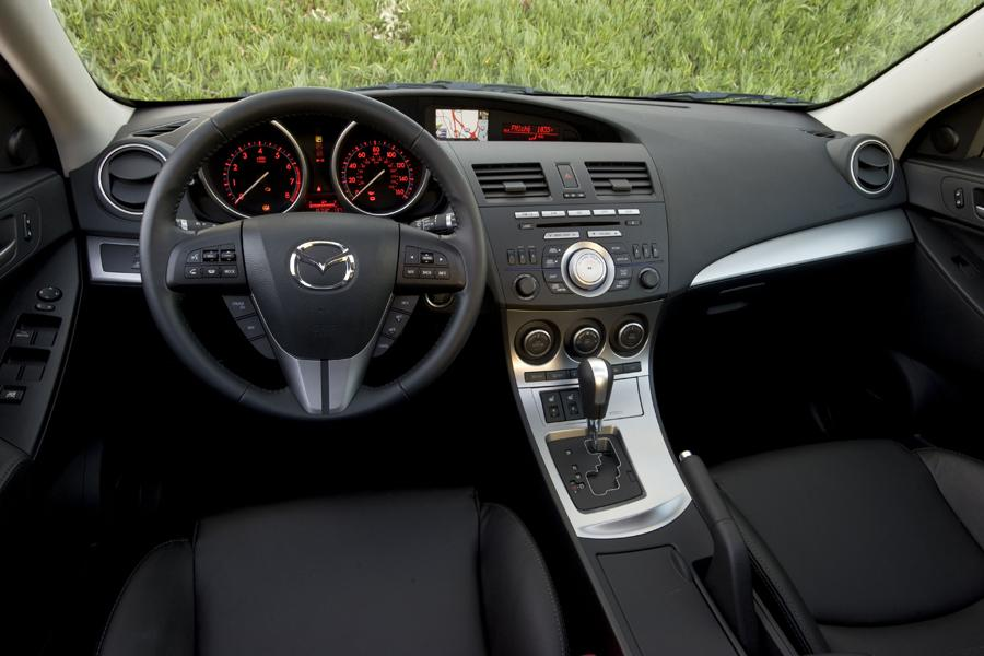2010 mazda mazda3 specs pictures trims colors. Black Bedroom Furniture Sets. Home Design Ideas